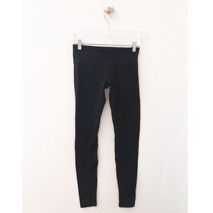 lululemon / black wunder under leggings workout